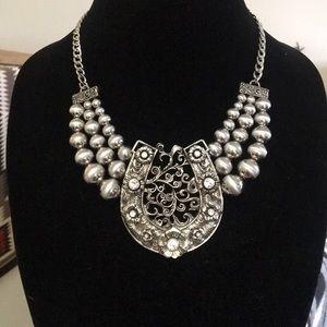 Jewelry - Large silver horseshoe necklace
